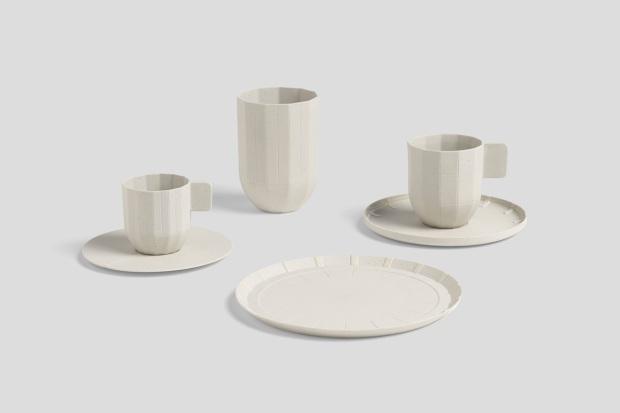 有田焼の「Paper Porcelain(ペーパーポーセリン)」