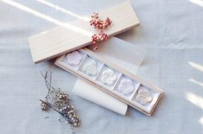 太宰府天満宮公式のお土産「梅とうぐいす」鹿児島睦 × 鈴懸